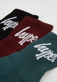 Hype - CORE SPORTS 3 PACK - Calcetines - black/green/burgandy - 2