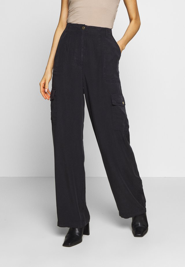 READY TO WEAR PANTS - Trousers - black