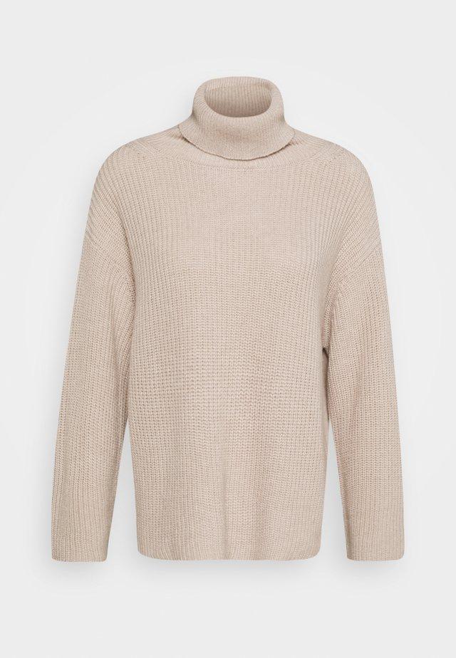 CAPRA - Strickpullover - beige