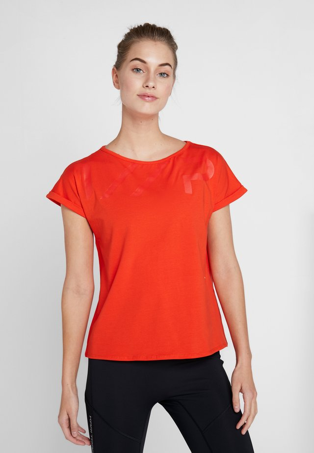 ELZE - Print T-shirt - classic red
