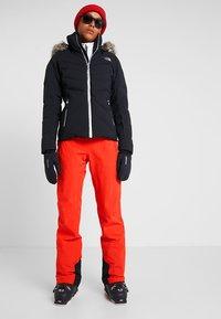Icepeak - NOELIA - Pantaloni da neve - coral red - 1