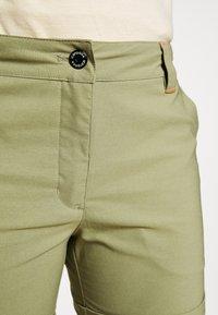 Icepeak - CAROLINE - Sports shorts - antique green - 4