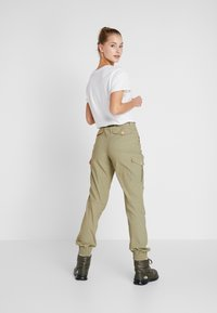 Icepeak - CAROGA - Outdoor trousers - antique green - 2