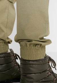 Icepeak - CAROGA - Outdoor trousers - antique green - 6