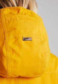 Icepeak - ADONA - Parka - yellow - 11