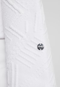 Icepeak - ELSMERE - Sweatshirt - optic white - 5