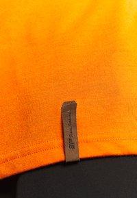 Icepeak - AACHEN - T-shirt z nadrukiem - burned orange - 5