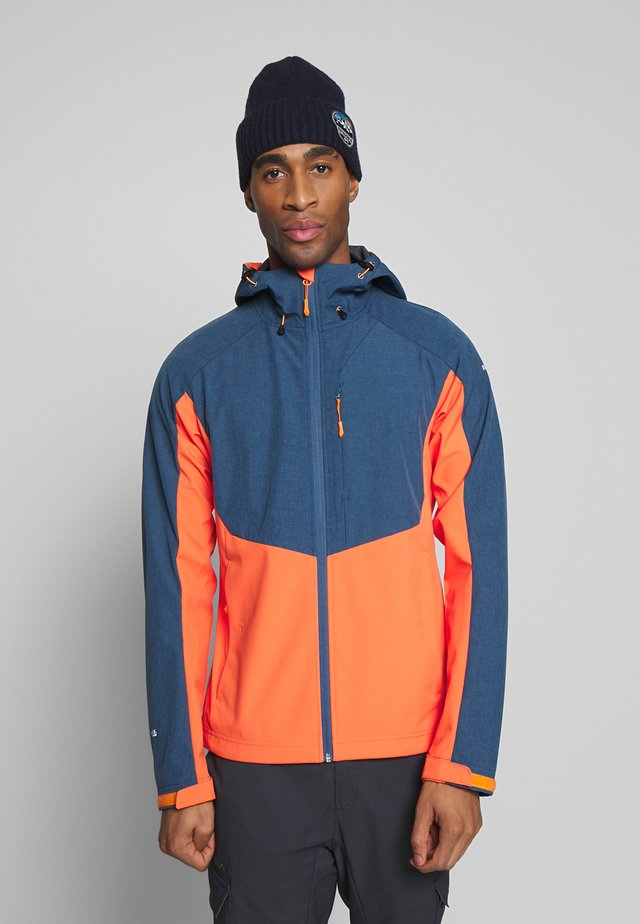 BARNES - Soft shell jacket - burned orange