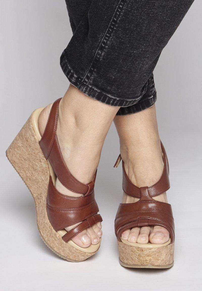 ICHI - High heeled sandals - brown