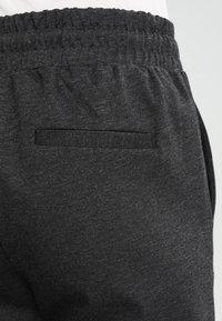 ICHI - KATE - Teplákové kalhoty - dark grey - 4
