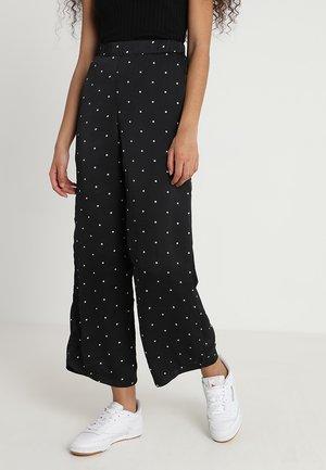 BEO PANTS - Kalhoty - black