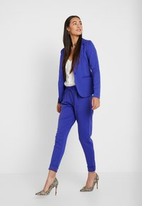 ICHI - KATE - Tracksuit bottoms - clemantis blue - 1