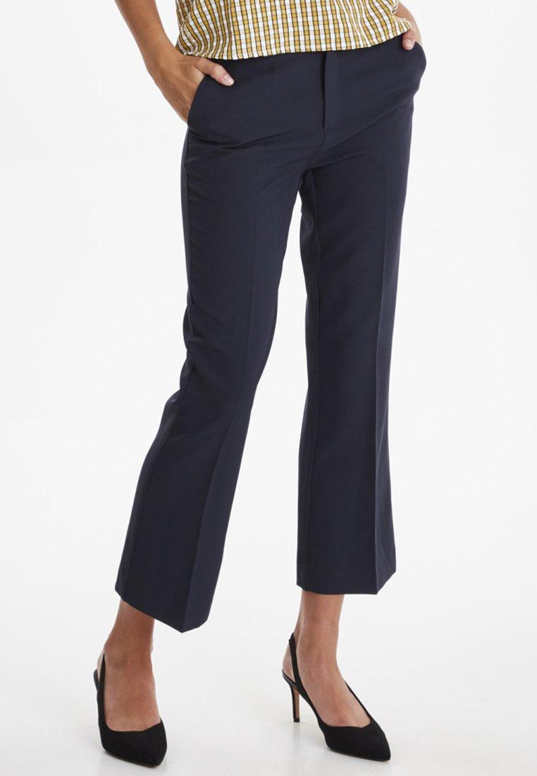 ICHI IXLEXI CROPPED - Spodnie materiałowe - dark navy