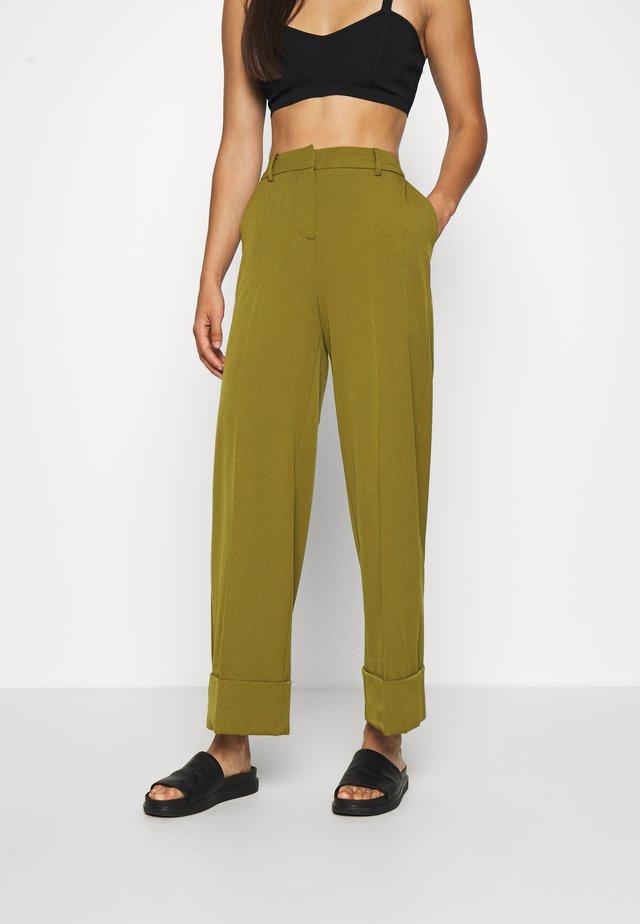 ALEXA - Trousers - fir green