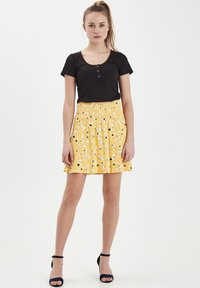 ICHI - IHLISA - A-line skirt - buff yellow - 1