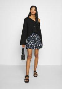 ICHI - IHLISA - A-line skirt - cool blue - 1