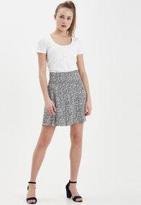 ICHI - IHLISA - A-line skirt - black - 1