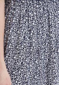 ICHI - IHMARRAKECH - Pleated skirt - total eclipse - 4
