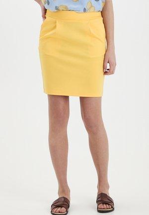 IHKATE SK - Jupe crayon - buff yellow