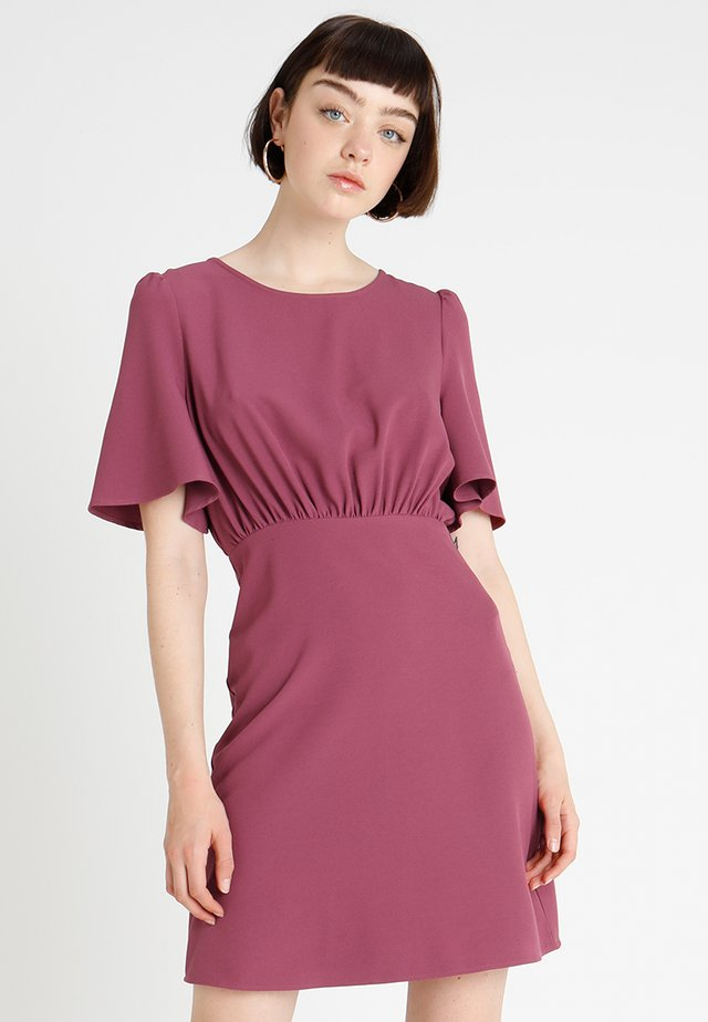 IHBELINDA DRESS - Robe fourreau - maroon red