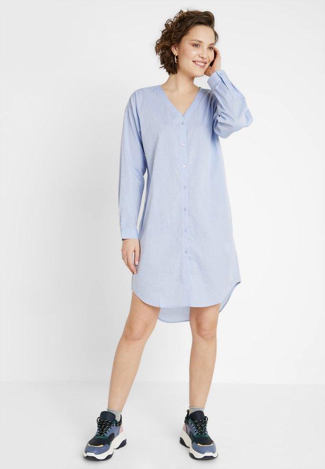 Robe chemise - skyway