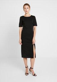 ICHI - IHKATE - Korte jurk - black - 0