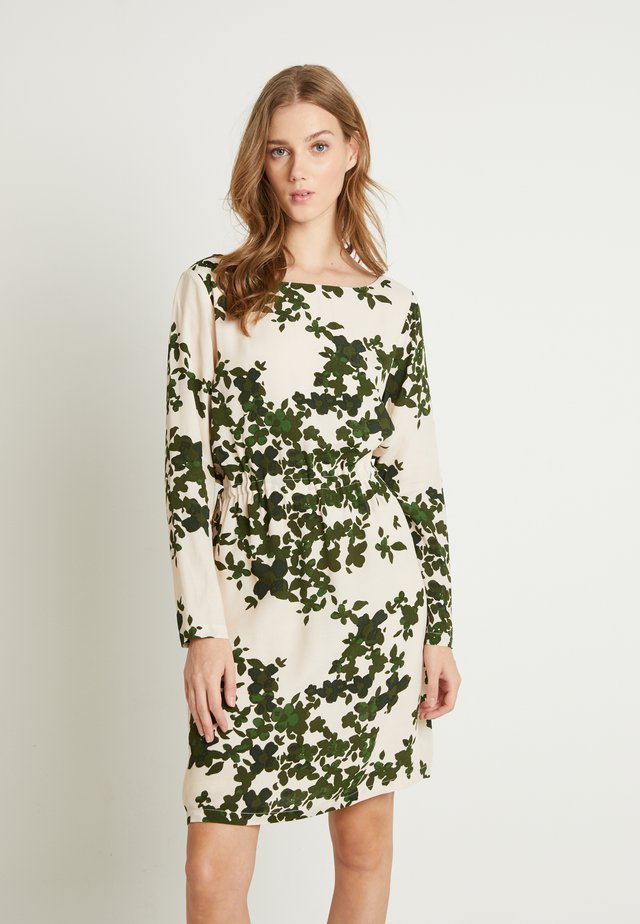 IHANELLE - Day dress - dark green