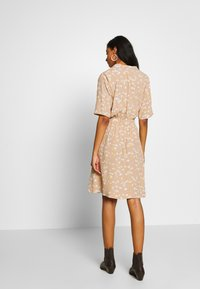 ICHI - IHANGEL - Shirt dress - natural - 2