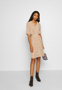 ICHI - IHANGEL - Shirt dress - natural - 1