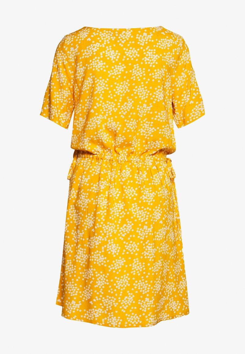 ICHI VERA - Kjole - golden yellow