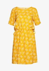 ICHI - VERA - Day dress - golden yellow - 0