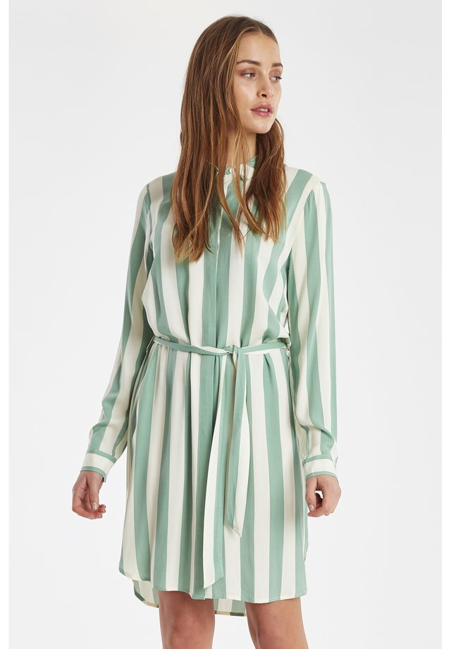 IHCATARINA - Shirt dress - malachite green