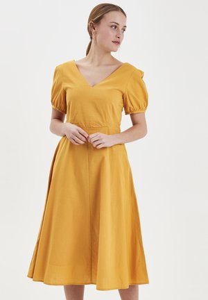IHGRY DR7 - Day dress - golden yellow