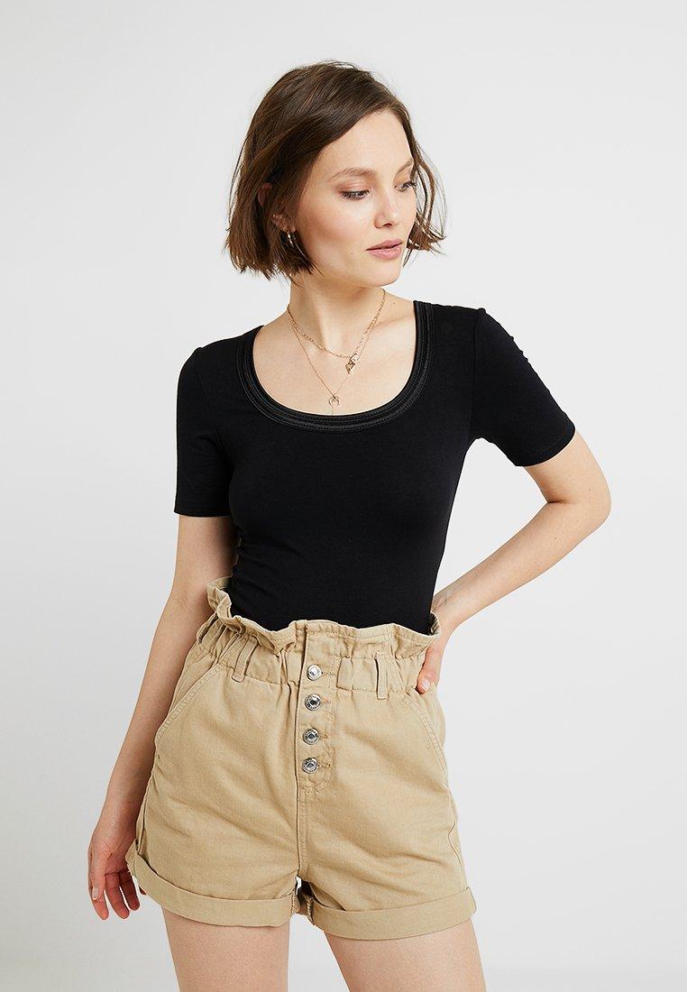 ICHI - ZOLA - Basic T-shirt - black