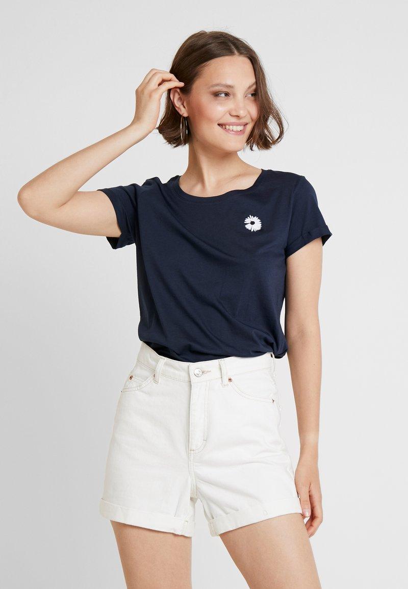 ICHI - KISS - Print T-shirt - total eclipse