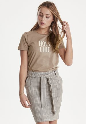 IHRUNELA - T-shirt print - sand