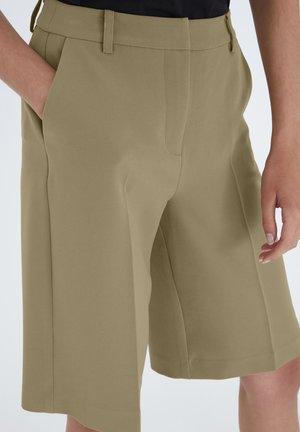 IXBLAIR SHO - Shorts - coriander