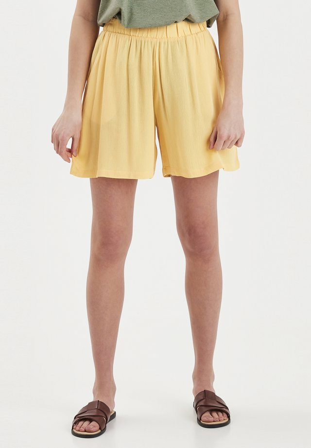 Shorts - buff yellow