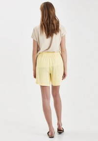 ICHI - Shorts - light yellow