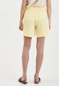 ICHI - Shorts - light yellow - 2