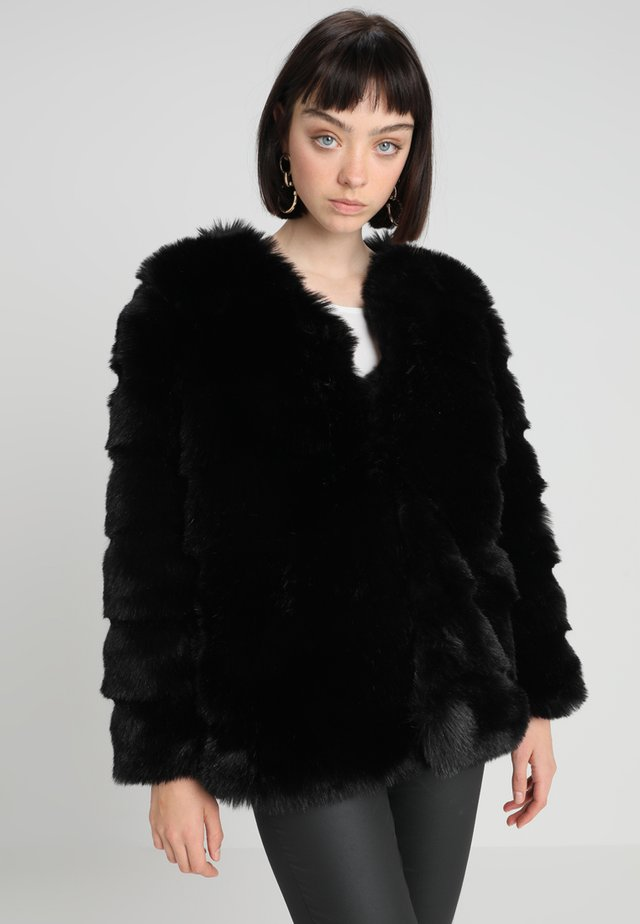 ZENIA - Winter coat - black