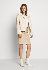 ICHI - IHFURRY - Winter jacket - tapioca - 1