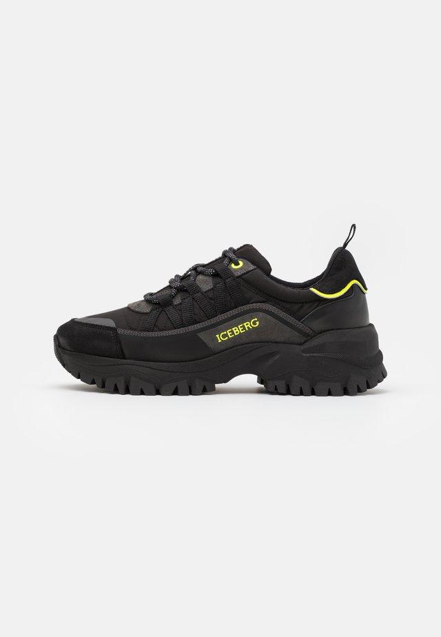 PRIMA - Trainers - black