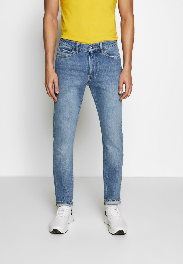 PETER BLAKE - Slim fit jeans - indaco
