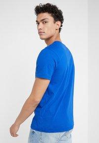 Iceberg - T-shirt imprimé - blue - 2
