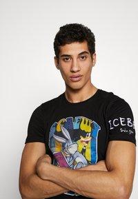 Iceberg - Print T-shirt - nero - 3