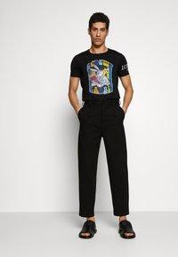 Iceberg - Print T-shirt - nero - 1