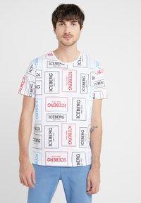 Iceberg - T-shirt imprimé - white - 0
