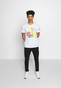 Iceberg - CARTOON - T-shirt con stampa - bianco ottico - 1