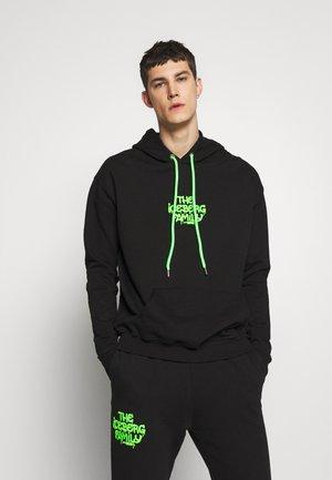 HOODIE VANDAL - Hoodie - black/green fluo